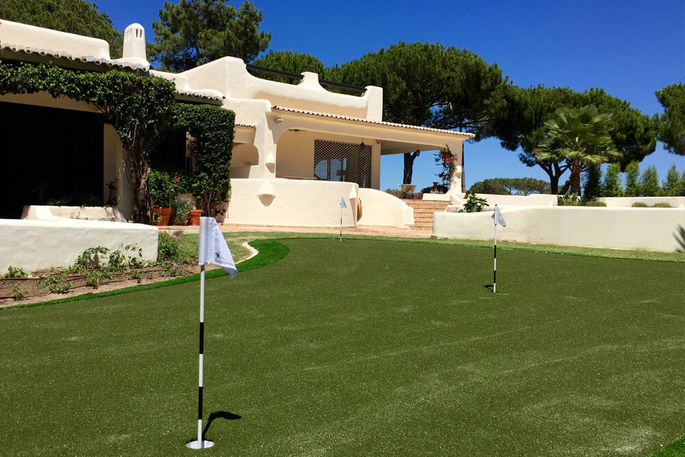 Bespoke Putting Greens